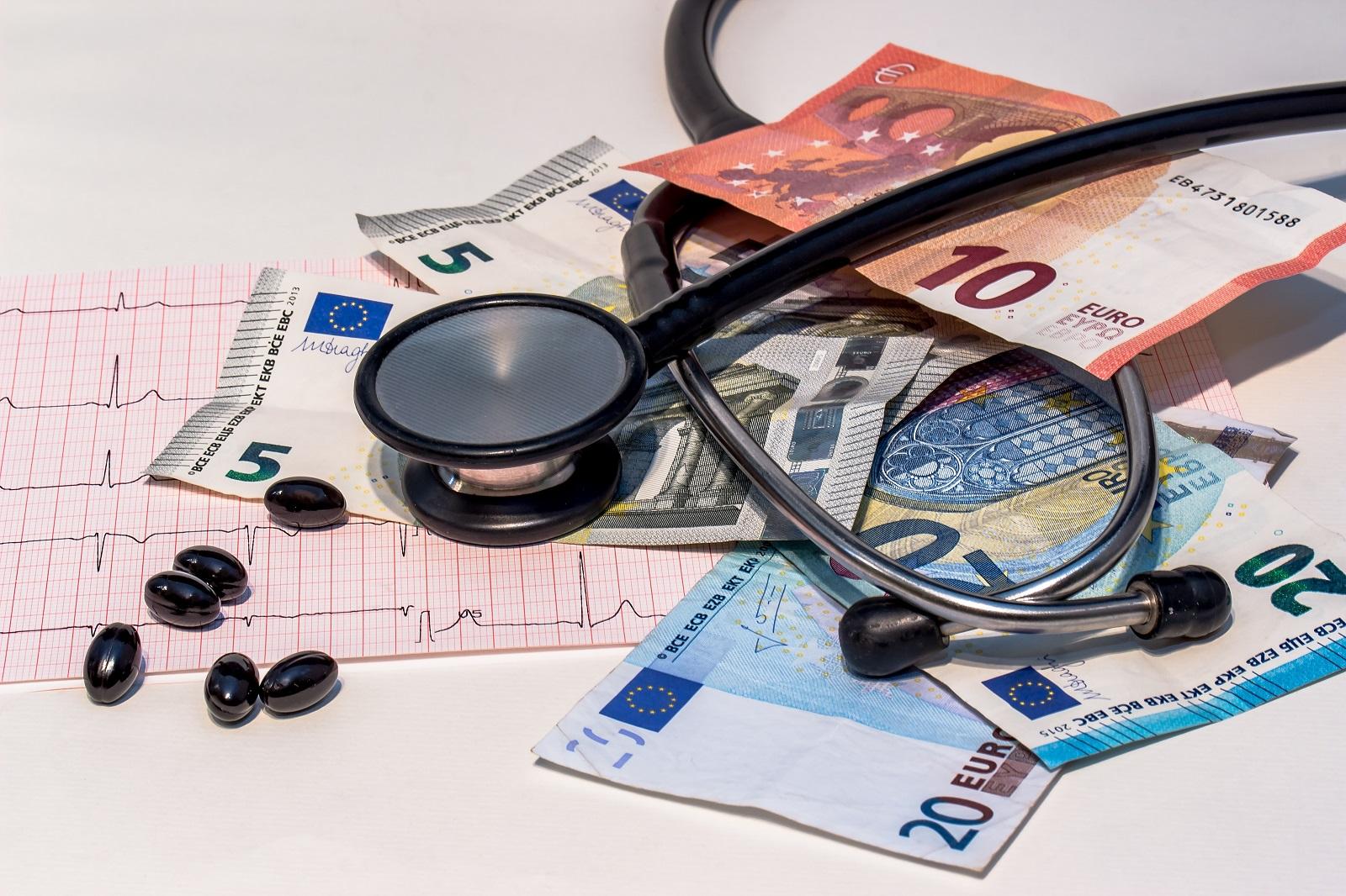 Koszty-Leczenia-Za_granicą
