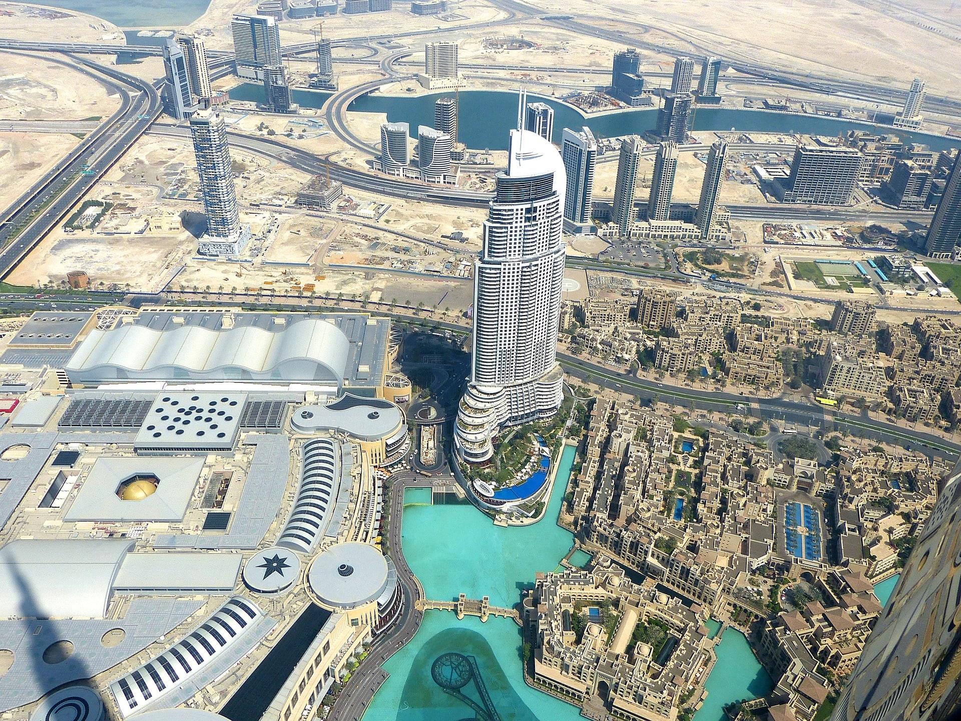 Ubezpiecz się przed podróżą do Zjednoczonych Emiratów Arabskich.