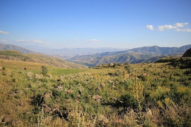 Uważaj w górach w Armenii