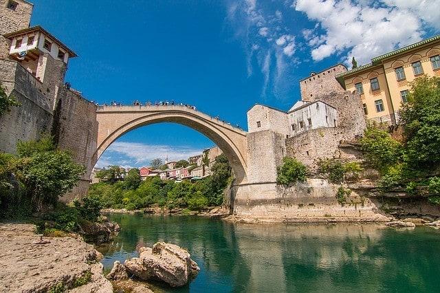 Most w Mostarze, Bośnia i Hercegowina.