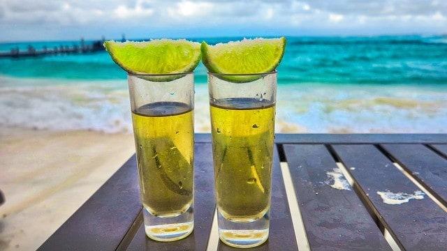 Uważaj na drinki serwowane m.in. na Bali w Indonezji