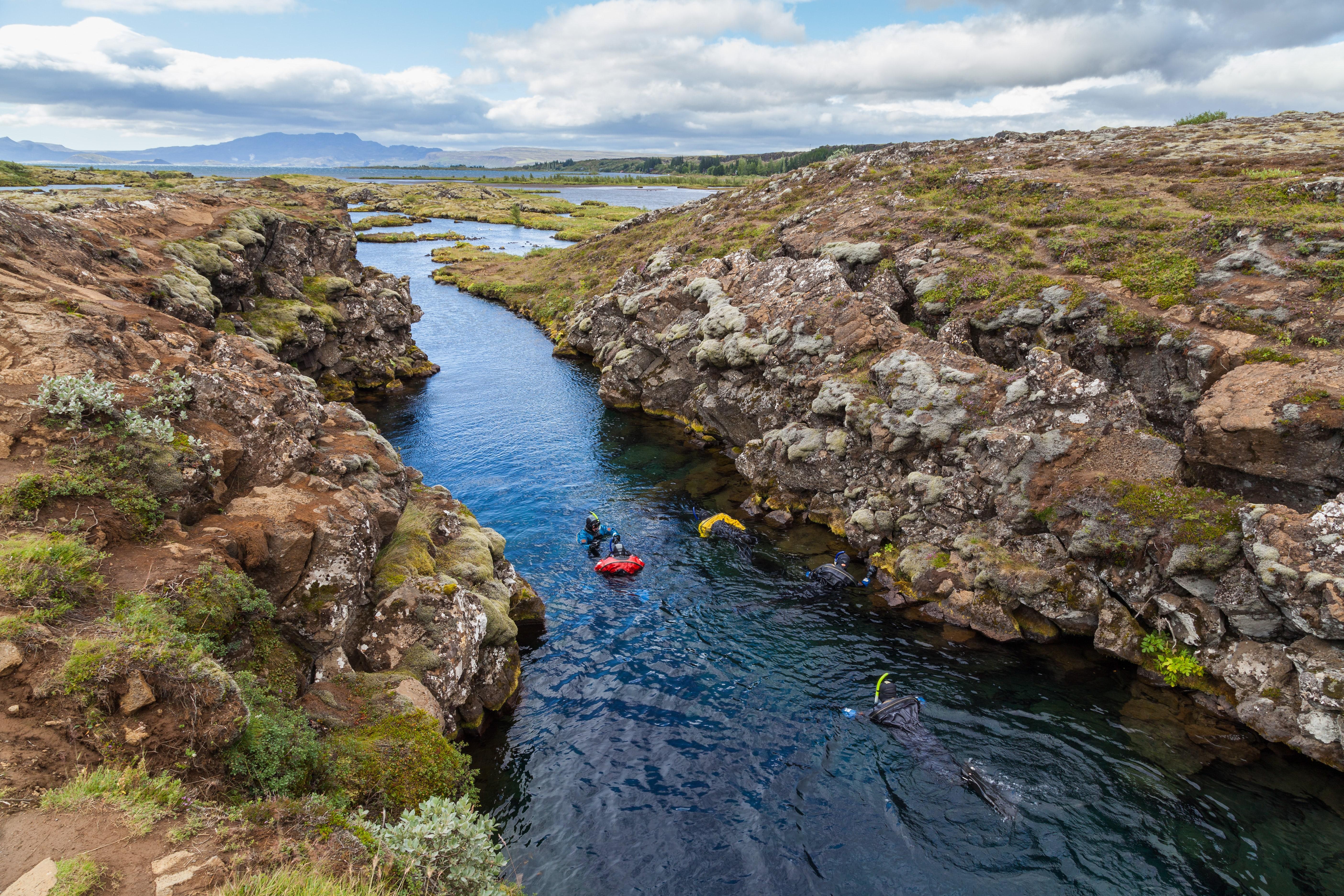 Nurkowanie na styku dwóch płyt tektonicznych, Islandia