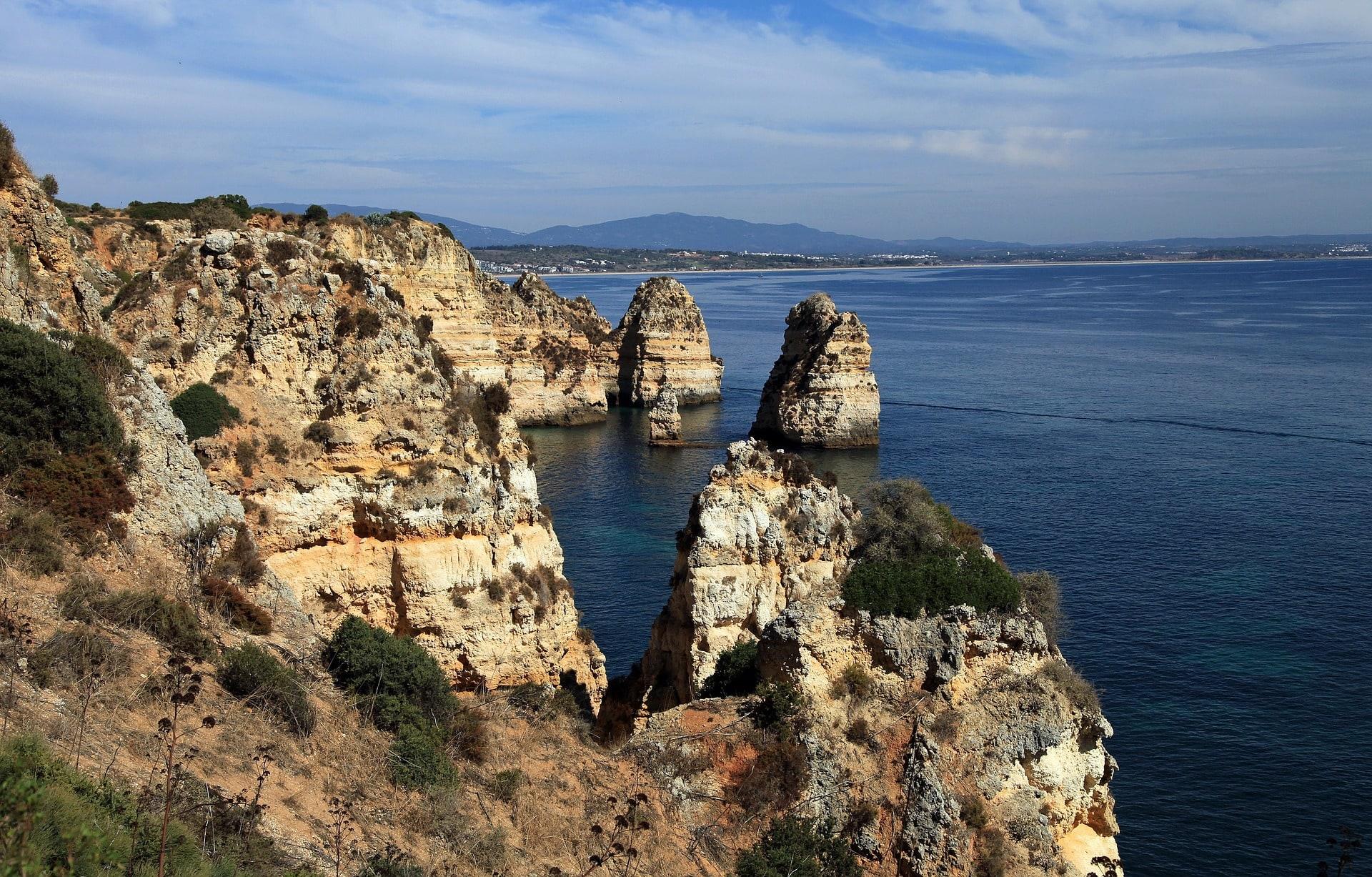 Uważaj podczas wizyty w Portugalii, odwiedzając klify.