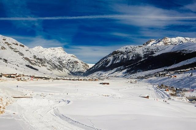 Szukasz miejsca do wyjazdu do narty? Poznaj najlepsze miejscówki we Włoszech.